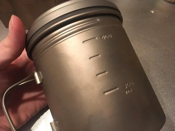 バーゴのチタニウムボットのメモリの写真