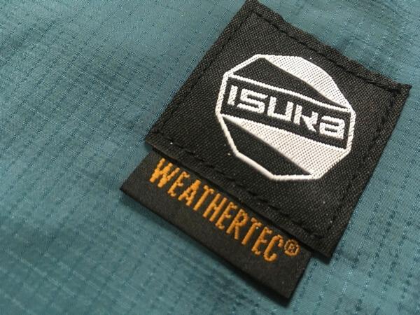 イスカのウェザーテックシュラフカバースーパーライトのロゴ